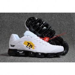 Nike Air VaporMax Plus Blanc Noir Pas Cher
