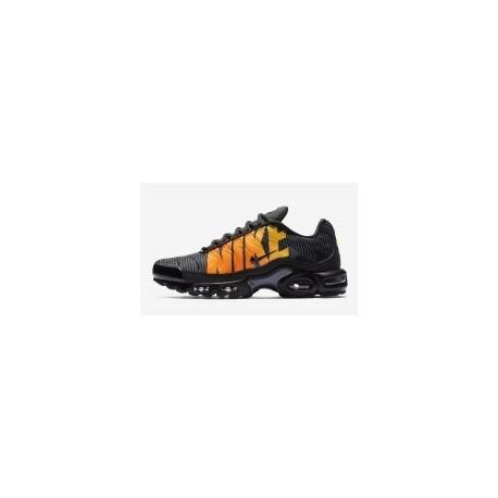 TN 2019 Homme Nike Air Max Plus TN SE Homme Noir Gris Pas Cher